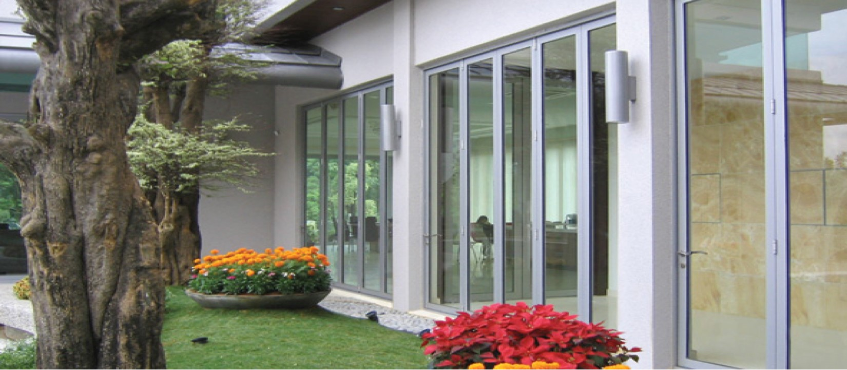 Image Courtesy of Centor USA & Exclusive Wood Doors | Folding Door Systems pezcame.com