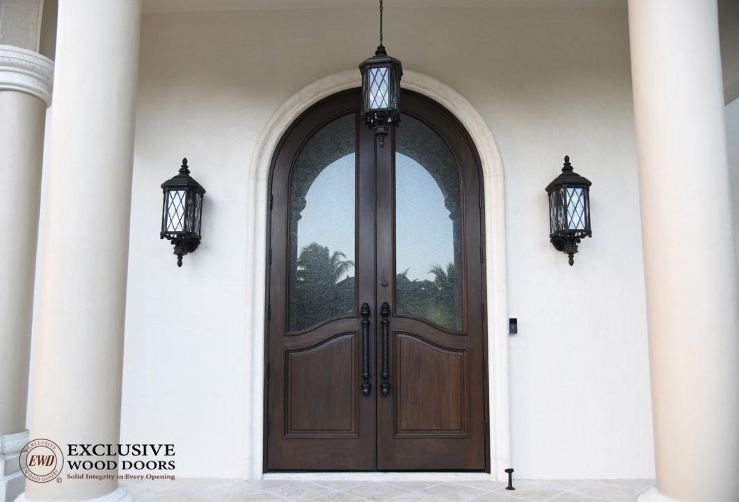 & Exclusive Wood Doors   Grand Pinecrest Home